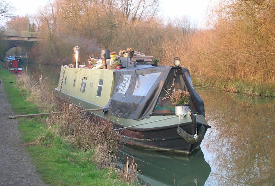 Oxford Canal Boat Home